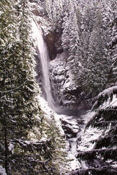 wallace-falls-winter-1