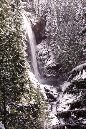 wallace-falls-winter-1